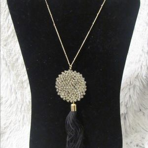 Jewelry - This beautiful druzy tassel necklace buy 3 get 1